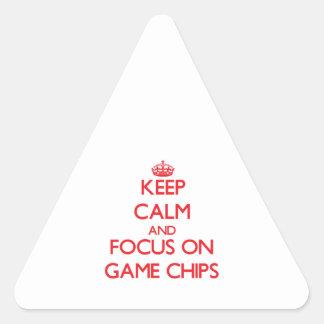 Behalten Sie Ruhe und Fokus auf Spiel-Chips Dreieckige Aufkleber