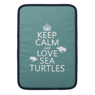 Behalten Sie Ruhe-und Liebe-Seeschildkröten MacBook Sleeve
