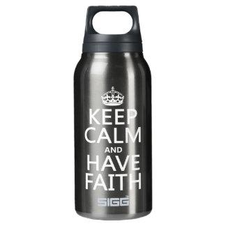 Behalten Sie ruhig und haben Sie Glauben Isolierte Flasche