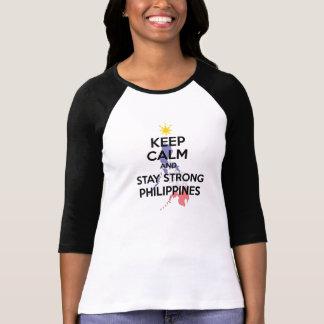 Behalten Sie ruhiges Pinoy Ako T-Shirt