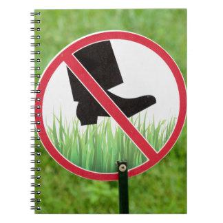 Behalten Sie vom Gras-Zeichen Spiral Notizblock