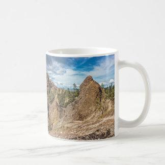 Berggipfel-nationales Monument-Panorama Kaffeetasse