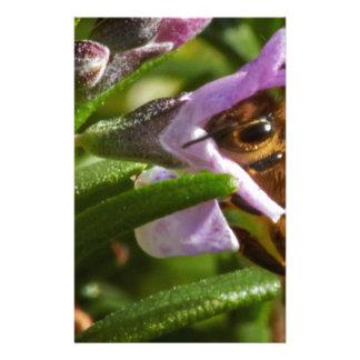 Beschäftigte Biene Individuelles Büropapier