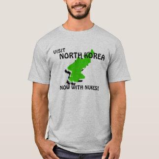 BESUCH NORDKOREA… JETZT MIT KERNWAFFEN! T-Shirt