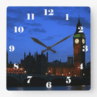 Big Ben London nachts, mit Zahlen Uhr