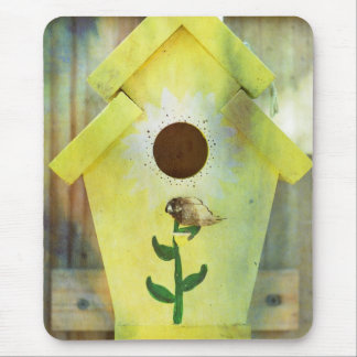 Birdhouse durch Shirley Taylor Mousepads