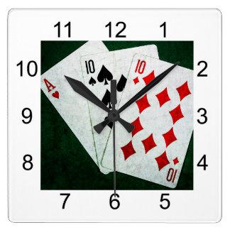Blackjack 21 Punkt - Ace, zehn, zehn Quadratische Wanduhr