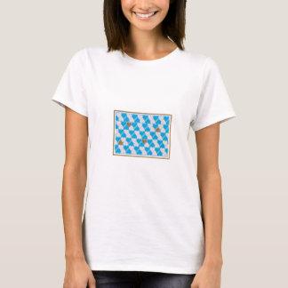 Blau, weißes bayerisches Muster T-Shirt