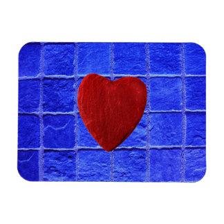 Blaue Fliesen Hintergrund mit Herz Magnet