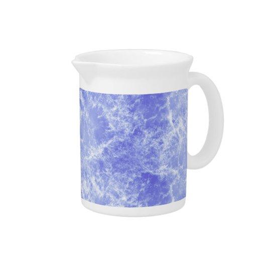 Blaue und weiße Ozean-Wolken Getränke Pitcher
