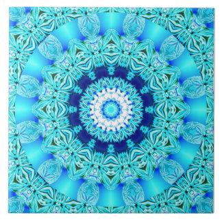 Blauer Eis-Engels-Ring, abstrakter Mandala Große Quadratische Fliese