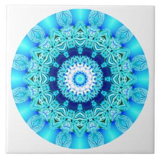 Blauer Eis-SpitzeMandala, abstraktes Aqua Große Quadratische Fliese
