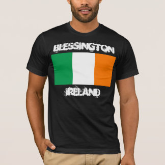 Blessington, Irland mit irischer Flagge T-Shirt