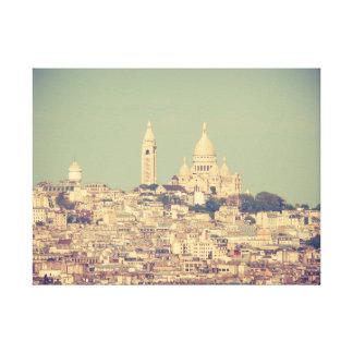 Blick über Paris zum Montmartre auf Leinwand