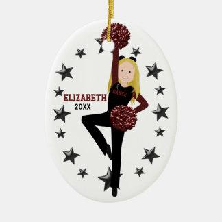 Blonde Pom Gruppe im Schwarzen u. im Keramik Ornament