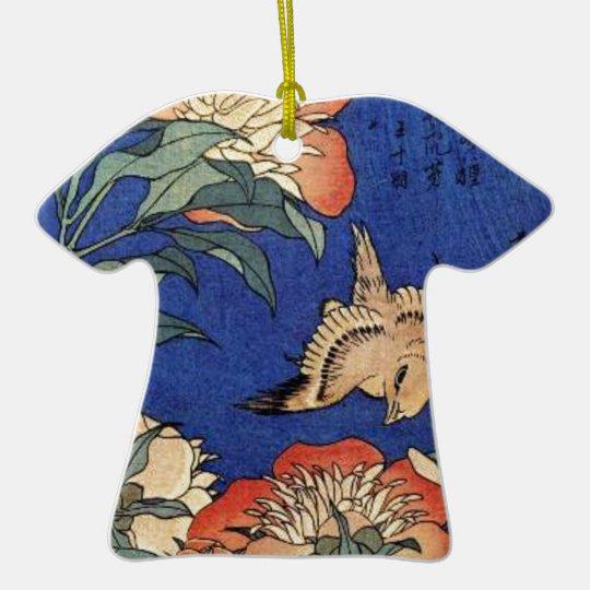 Blumen und ein Vogel Keramik T-Shirt-Ornament