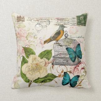 boho schicker Schmetterling botanischer Kissen