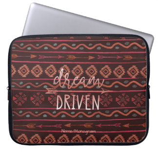 Boho Traum gefahrenes Stammes- Muster, Laptop Sleeve