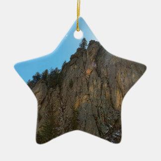Boulder-Schlucht verengt Berggipfel Keramik Stern-Ornament