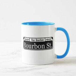 Bourbon-Straßen-Zeichen-Shirt Tasse