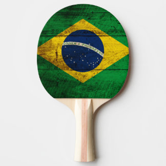 Brasilien-Flagge auf altem hölzernem Korn Tischtennis Schläger