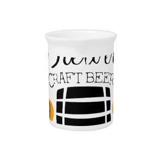 Brauerei-Logo-Entwurfs-Schablone mit Fass Krug