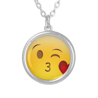 Brennen Sie einen Kuss emoji Aufkleber durch Halskette Mit Rundem Anhänger