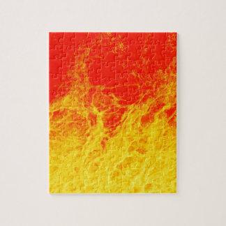 Brennendes rotes und gelbes Feuer Puzzle