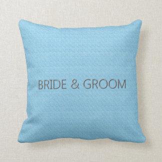 Bride_Groom_Baby-Blue* (c) lumbale u. quadratische Kissen