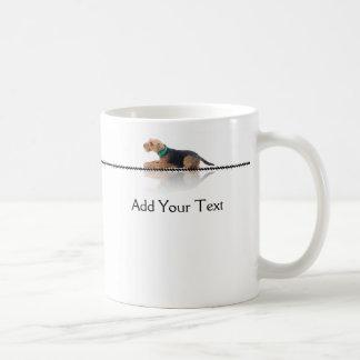 Brown und schwarze Waliser-Terrier-Tasse Tasse