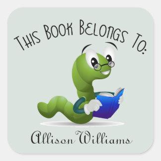 Bücherwurm-Buch-Platte mit individuellem Namen Quadratischer Aufkleber
