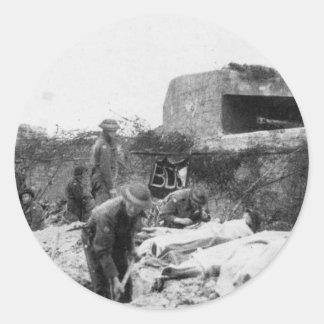 Bunker auf Hügel Runder Aufkleber
