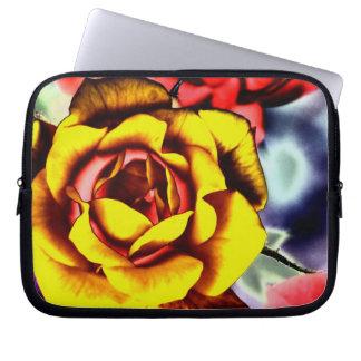 Bunte künstlerische gelbe Rose Laptopschutzhülle