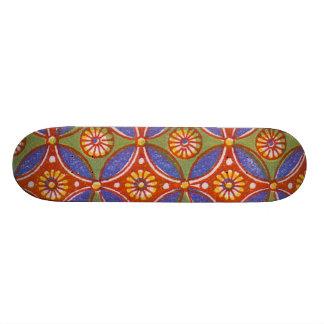 Buntes rotes rustikales Kreis-Muster geometrisch 19,7 Cm Skateboard Deck