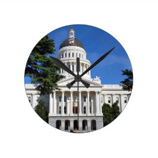 CA-Staats-Hauptstadts-Gebäude - Sacramento Runde Wanduhr