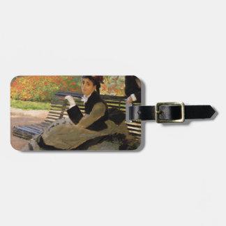 Camille Monet auf einer Garten-Bank - Claude Monet Kofferanhänger