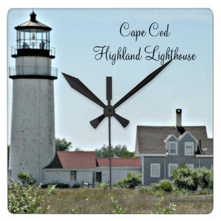 Cape Cod-Hochland-Leuchtturm-Quadrat-Wanduhr Quadratische Wanduhr