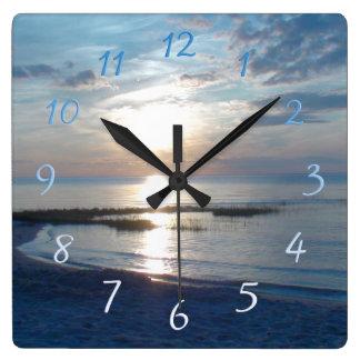 Cape Cod-Strand-Sonnenuntergang-Quadrat-Wanduhr Quadratische Wanduhr