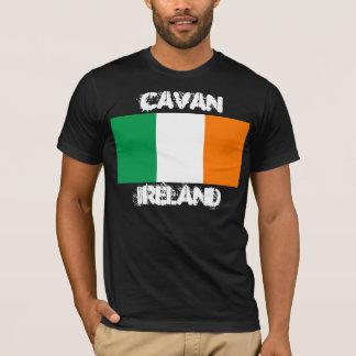 Cavan, Irland mit irischer Flagge T-Shirt