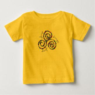 Celtic Triskele Stärken-Symbol-T - Shirt