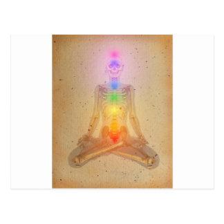 Chakras über einem menschlichen Körper Postkarte