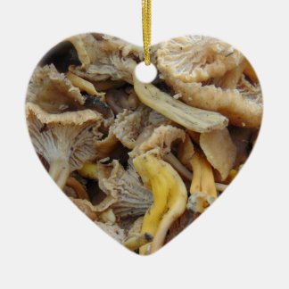 Chantarelle Pilze Keramik Herz-Ornament