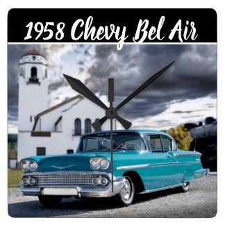 Chevy Bel Air-klassisches Auto-Zug-Depot 1958 Quadratische Wanduhr