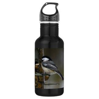 Chickadee beim Birdfeeder Trinkflasche