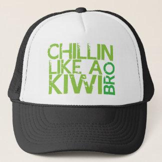 Chillin mögen eine KIWI BRO Truckerkappe