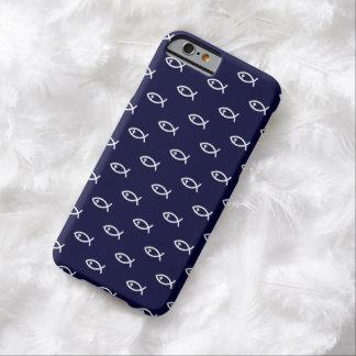 Christliches Fisch-Symbol-Muster auf blauem Barely There iPhone 6 Hülle
