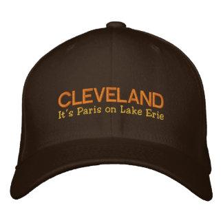 Cleveland, OH-, das es Paris auf dem Eriesee ist, Bestickte Kappe