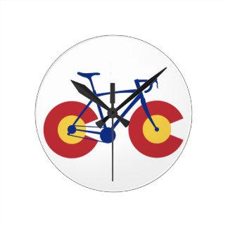 Colorado-Flaggen-Fahrrad Runde Wanduhr