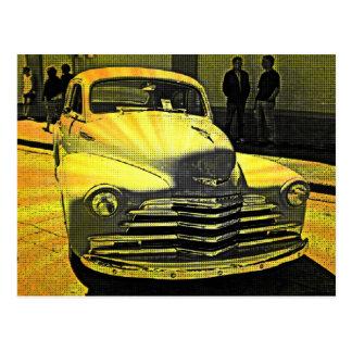 Comic-Buch-Art-Vintages Auto im Stadtzentrum Postkarten