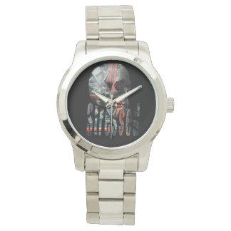 Computer betonter Schädel-Kopf, Armbanduhr
